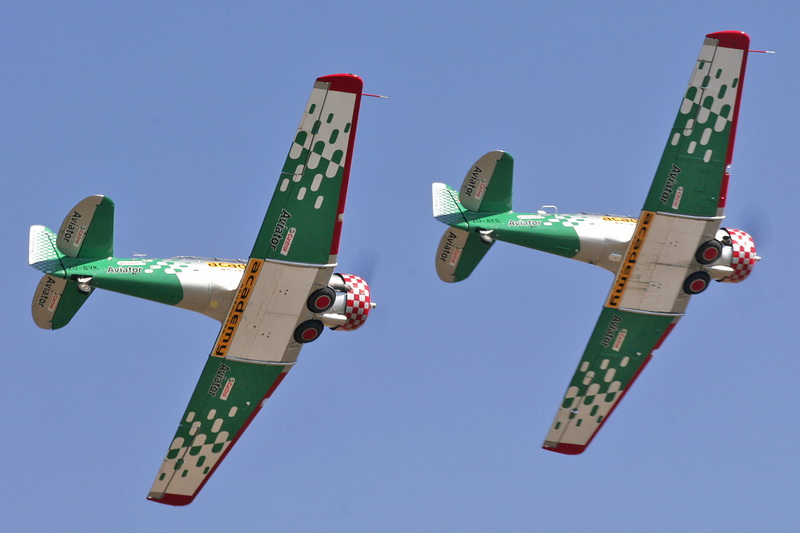 CCF4-520 ZU-BVK and ZU-AYS 1st Castrol Aviator Stephan Rossouw